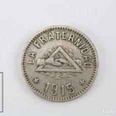 Monedas locales: ANTIGUA FICHA DINERARIA - COOPERATIVA LA FRATERNIDAD, BARCELONETA. AÑO 1915 - 1 PESETA. Lote 80699902