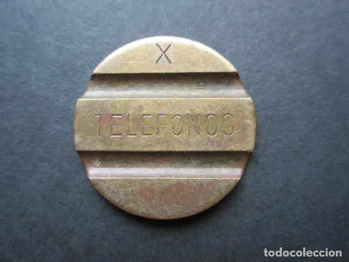 FICHA DE TELÉFONO EN LATÓN (Numismática - España Modernas y Contemporáneas - Locales y Fichas Dinerarias y Comerciales)