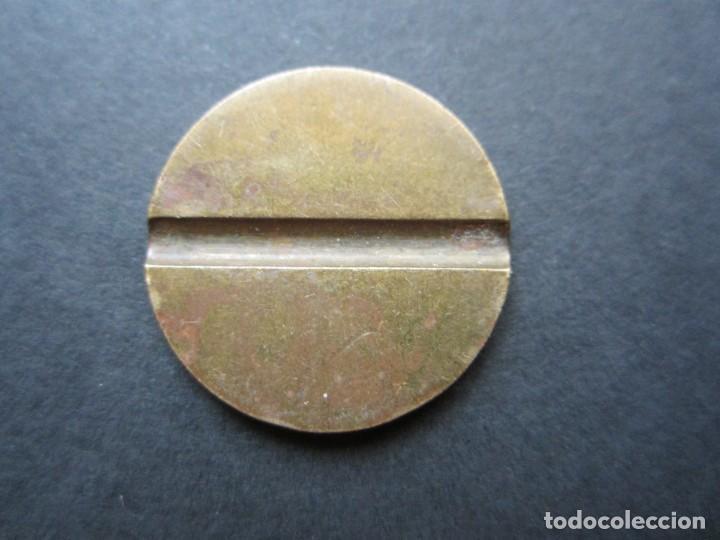Monedas locales: ficha de teléfono en latón - Foto 2 - 90372192
