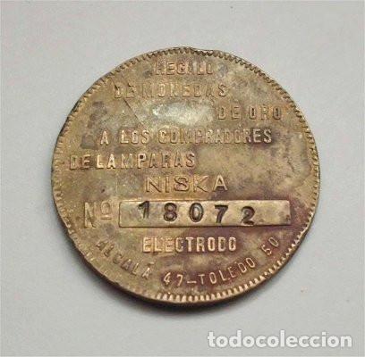 Monedas locales: Moneda regalo-publicitaria a semejanza de 8 escudos de Carlos III. Lamparas Niska. Toledo. - Foto 2 - 102632639