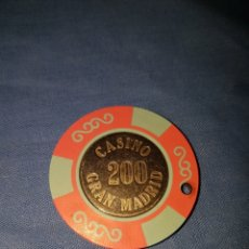 Monedas locales: FICHA 200 GRAN CASINO MADRID. Lote 113396723