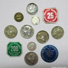 Monedas locales: CONJUNTO DE 12 MONEDAS Y FICHAS COMERCIALES Y DINERARIAS ESPAÑOLAS ANTIGUAS, 5 EN PLATA. LOTE 1511. Lote 151846558