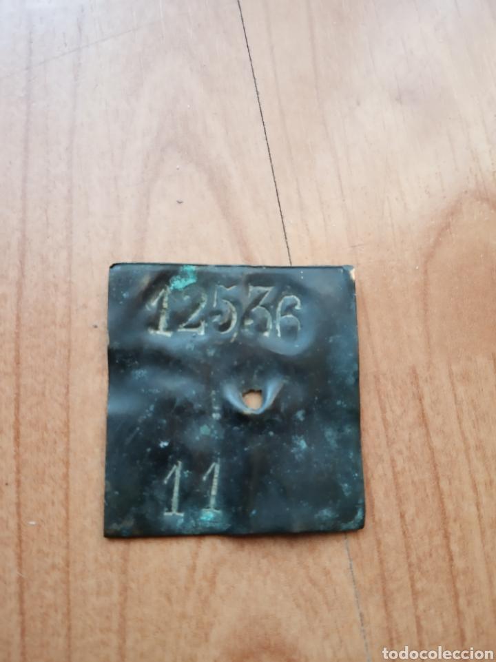 ANTIGUA PLACA MARCADA ( POSIBLE FICHA/MONEDA DE 1937) (Numismática - España Modernas y Contemporáneas - Locales y Fichas Dinerarias y Comerciales)