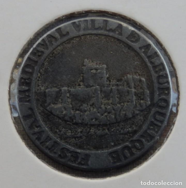 Monedas locales: Ficha 1 Maravedí FESTIVAL MEDIEVAL VILLA DE ALBURQUERQUE - Foto 2 - 158306894