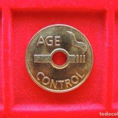 Monedas locales: FICHA - TOKEN 'AGE CONTROL', RESTRICCIÓN EDAD DE FUMAR. Lote 162352330