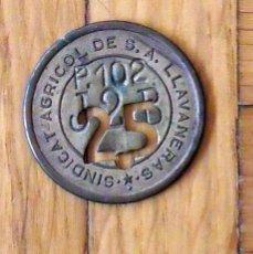 Monedas locales: FICHA MONEDA DEL SINDICATO AGRÍCOLA DE LLAVANERES DE 25 P-102 T-2-B. EN BUEN ESTADO.. Lote 168944788