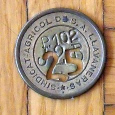 Monedas locales: FICHA MONEDA DEL SINDICATO AGRÍCOLA DE LLAVANERES DE 25 P-102 T-2-B. EN BUEN ESTADO.. Lote 168944852