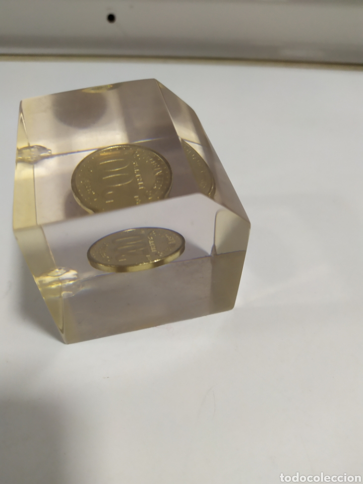 Monedas locales: ANTIGUA FICHA DE EL CASINO DE MADRID DE 200 PESETAS DE LA CASA DE MONEDA DE MADRID, EN METACRILATO - Foto 6 - 177961835
