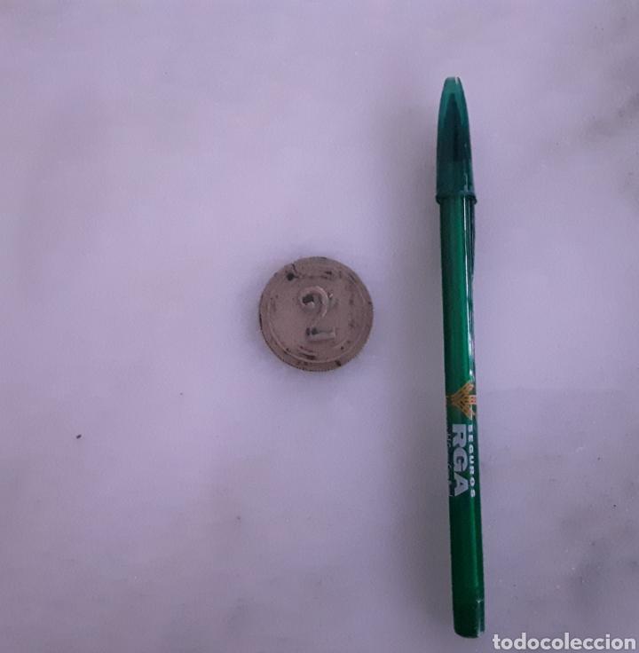 Monedas locales: Antigua ficha con iniciales MN y el numero 2 plata? - Foto 3 - 183050707