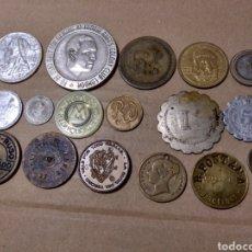 Monedas locales: BARATO LOTE DE 40 FICHAS TOKENS SIGLO XIX XX DIVERSOS PAISES. Lote 184017313