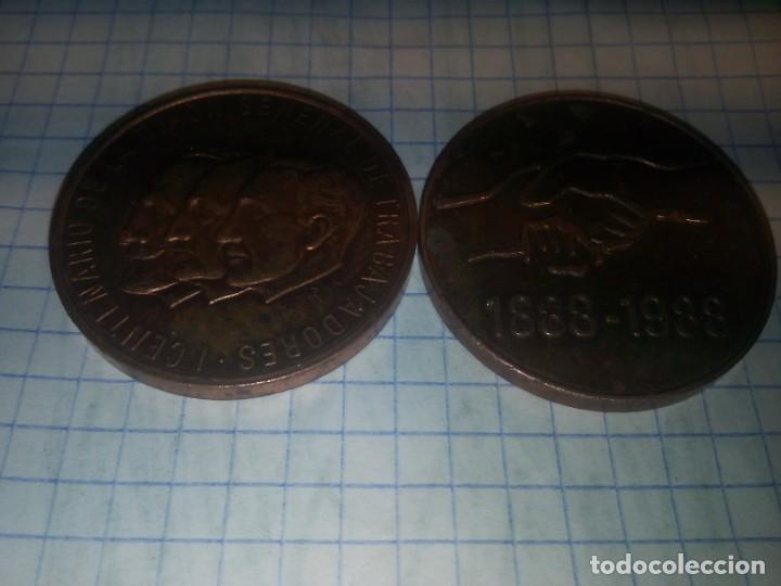 2 MONEDAS CONMEMORATIVAS UGT. 1888-1988 (Numismática - España Modernas y Contemporáneas - Locales y Fichas Dinerarias y Comerciales)