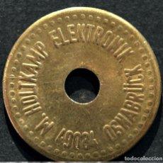 Monedas locales: ANTIGUA FICHA DE PAGO ELECTRICO EN LATÓN. Lote 110633315