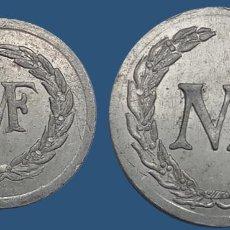 Monedas locales: CURIOSA COLECCION 2 FICHAS N F VALORES 1, 2 . FRANCE NOUVEAU FRANC NF CENTIMES ?. Lote 194587932