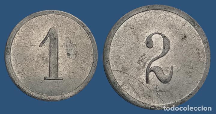Monedas locales: 2 monedas N F con valores 1, 2 . France nouveau franc NF centimes ficha xxx - Foto 2 - 194587932