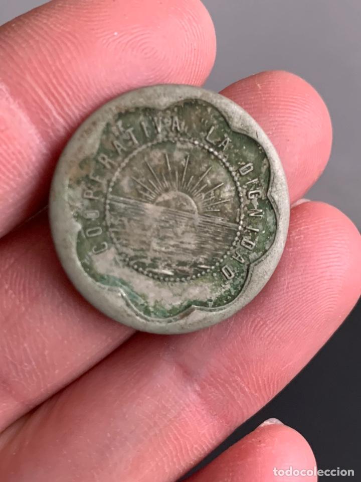 FICHA. COOPERATIVA LA DIGNIDAD. 10 CÉNTIMOS (Numismática - España Modernas y Contemporáneas - Locales y Fichas Dinerarias y Comerciales)