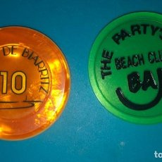 Monedas locales: LOTE FICHA 10E CASINO Y FICHA COPAS BAR BAJA BEACH CLUB BARCELONA YA DESAPARECIDO. Lote 202523635
