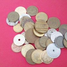 Monedas locales: LOTE DE 38 FICHAS. Lote 203870091