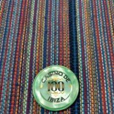 Monedas locales: PRECIOSA FICHA DEL CASINO DE IBIZA EIVISSA VALOR 100. Lote 212495507