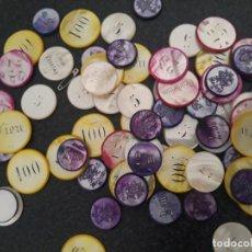 Monedas locales: MAS DE 80 FICHAS DE CASINO ANTIGUAS EN NACAR. Lote 215495601