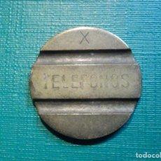 Monedas locales: ANTIGUA FICHA PARA CABINAS - TELEFONOS - X - CABINAS - TELEFÓNICA. Lote 221134805