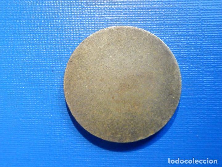 Monedas locales: Antigua Ficha para cabinas - Telefonos - 23 mm - 2 ranuras en una cara y la otra cara plana - Foto 2 - 223037498