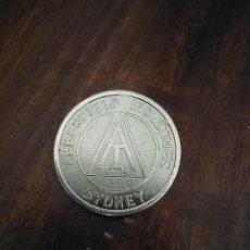 Monnaies locales: FICHA TOKEN DE MÁQUINAS DISPENSADORAS DE ABBERFIELD INDUSTRIES, SIDNEY.. Lote 223242027