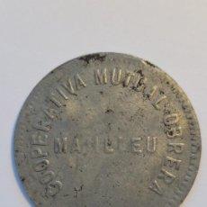 Monedas locales: COOPERATIVA MUTUAL OBRERA MANLLEU. 5 PESSETES. GUERRA CIVIL. HIERRO. Lote 242948370