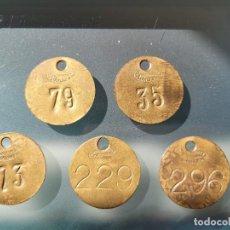 Monedas locales: LOTE DE 5 FICHAS DE LA MAQUINARIA SERRA DE MANLLEU. COOPERATIVA. Lote 242988595