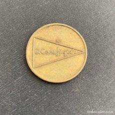 Monedas locales: ANTIGUA FICHA DE APARCAMIENTO DEL CORTE INGLÉS (REF. 22). Lote 243923035