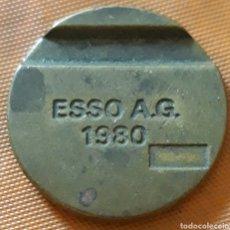 Monedas locales: MONEDA TOKEN ESSO A.G 1980. Lote 244841630