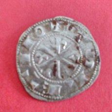 Monedas medievales: ALFONSO VI. DINERO DE VELLÓN. CECA DE TOLEDO. MUY RICO PRÁCTICAMENTE PLATA. 1 GRAMO. PRECIOSO. Lote 116819847
