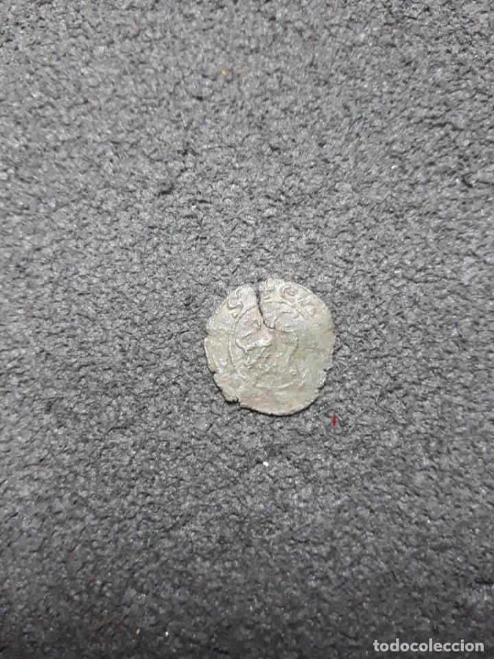 Monedas medievales: Alfonso X (1252-1284) Dinero Prieto marca creciente hacia abajo - Foto 3 - 152190214