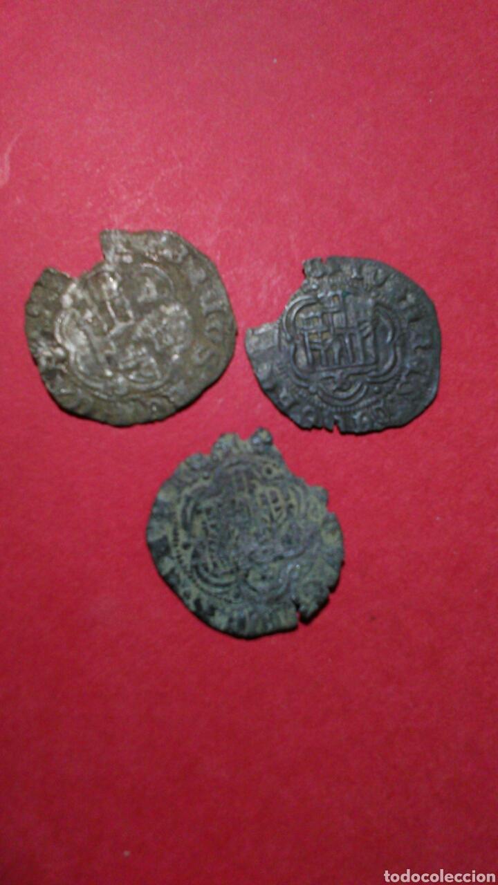 Monedas medievales: LOTE DE 3 BLANCAS MEDIEVALES. CECA DE SEVILLA. - Foto 2 - 153247801
