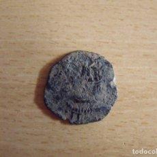Monedas medievales: MONEDA MEDIEVAL CASTILLA Y LEÓN. TIENE UN CASTILLO Y UN LEÓN. . Lote 176904913