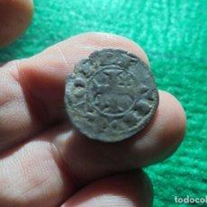 Monedas medievales: BONITO DINERO DE ALFONSO VIII , CECA DE TOLEDO . Lote 183679896