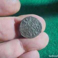 Monedas medievales: BONITO DINDERO DE ALFONSO VIII , CECA TOLEDO . Lote 193918126