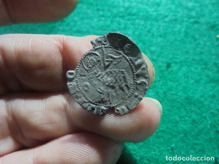 Monedas medievales: escasa blanca del agnus dei de la ceca de Segovia, S-G - Foto 2 - 194150236