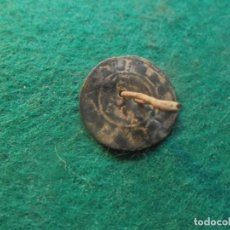 Monedas medievales: CURIOSA MONEDA MEDIEVAL REUTILIZADA COMO UN BOTON. Lote 257953330