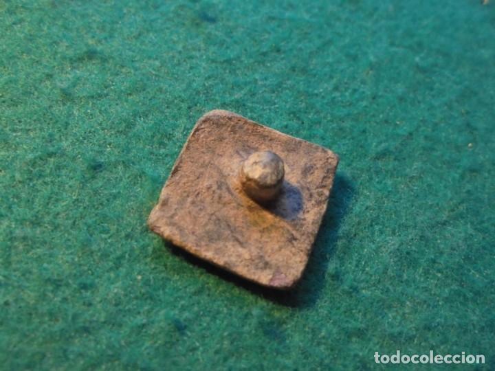 Monedas medievales: Bonito aplique medieval con decoracion, un escudo nobiliario - Foto 2 - 287163263