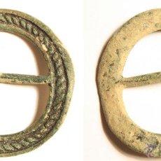 Monete medievali: ENORME HEBILLA MEDIEVAL EN BRONCE. BELLA DECORACIÓN, COMPLETA. Lote 54641525