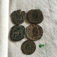 Monedas medievales: LOTE DE 3 CORNADOS Y 2 PIEZAS DE MARAVEDIES. Lote 74849550