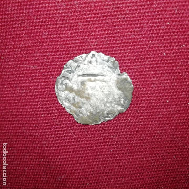 Monedas medievales: Felipe I de Navarra y IV de Francia, el Hermoso. Carlín negro. Dinero de vellón - Foto 2 - 142808814