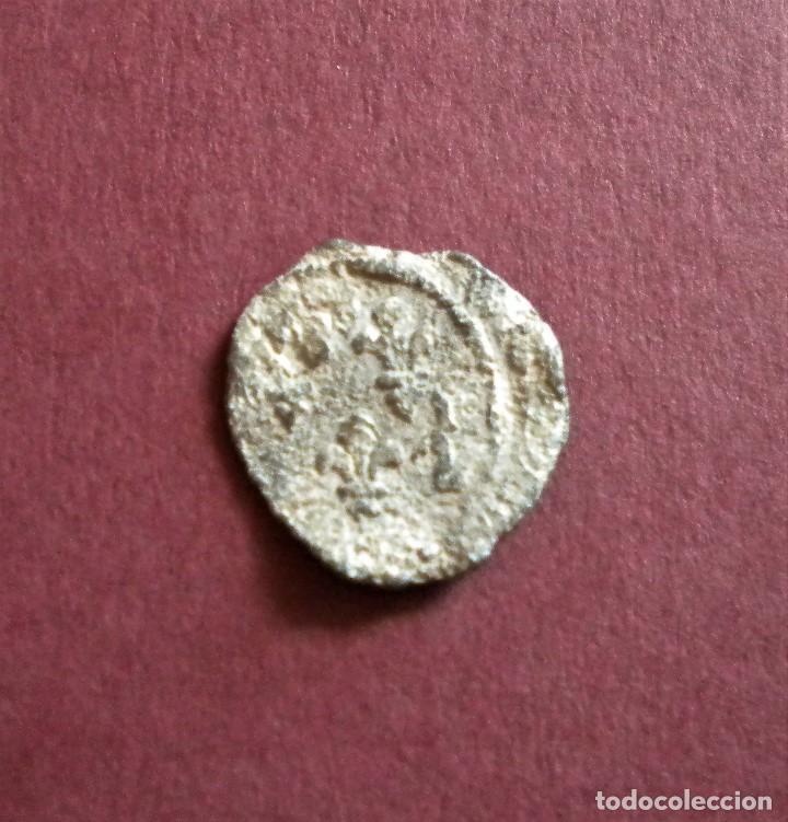 MONEDA DE PLOMO MEDIEVAL. FLORES DE LIS (Numismática - Medievales - Navarra)