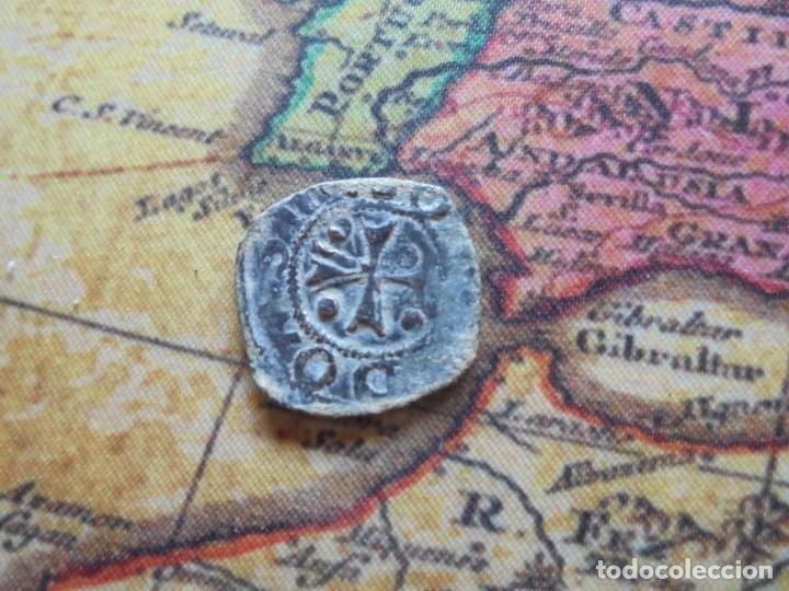 Monedas medievales: Bonita blanca del reino de Navarra ,con curioso error de acuñacion - Foto 3 - 278508358