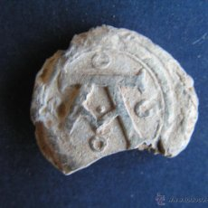 Monedas medievales: PRECINTO DE PLOMO .MEDIEVAL ( A GÖTICA ). Lote 47688810