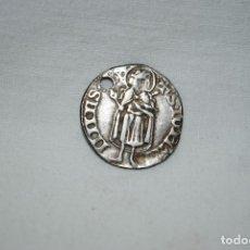 Monedas medievales: MONEDA CON FLOR DE LIZ. Lote 182888652