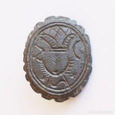 Monedas medievales: PRECIOSO ANILLO BIZANTINO O MEDIEVAL DE VELLÓN. SIMBOLOS A IDENTIFICAR. Lote 261879705