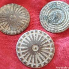 Monedas reinos visigodos: LOTE BOTONES DE BRONCE. Lote 146744868