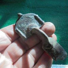 Monedas reinos visigodos: BONITA FIBULA VISIGODA EN BRONCE . Lote 151281514