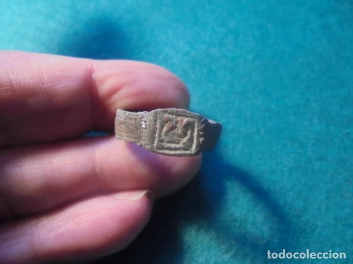 Monedas reinos visigodos: bonito anillo -sello en bronce , diametro 21 mm - Foto 3 - 237526405